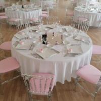Location table ronde 180cm (8 à 10 personnes)