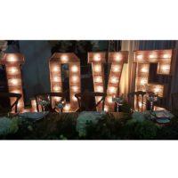 Lettres géantes LOVE EN BOIS lumineux H150cm