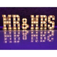 """Grandes Lettres """"MR & MRS"""""""