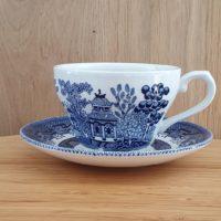 Location tasse à thé vintage gamme Victoria